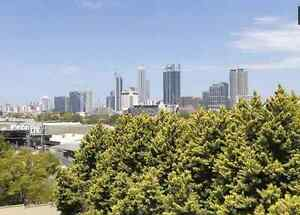 Queen bed, Leederville cafes, free bus to Perth city West Perth Perth City Area Preview