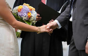Licensed Marriage Officiant: Wedding Services of Ontario