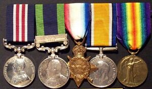 war medals and badges