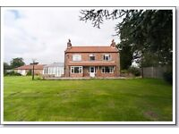 4 BEDROOM DETACHED HOUSE WITH STABLES ON 5 ACRES FOR SALE. NO FORWARD CHAIN.