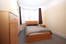 AMAZING DOUBLE ROOM AVAILABLE FOR RENT IN STRATFORD FOR 160PW