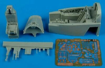 AIRES HOBBY 1/72 A7E EARLY COCKPIT SET FOR HBO D 7228