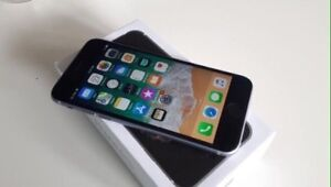 iPhone 6 - Black & Silver -16gb - Mint Condition - Unlocked