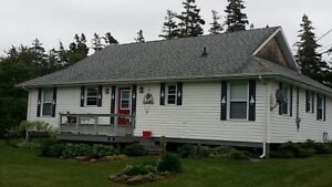 A Great Rental Cottage in Lakeside - Next to Crowbush Cove G.C.