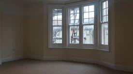 Studio flat in Church Road - P1175