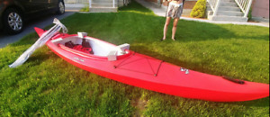 New Inuvik kayak with paddles by Clearwater design w/ Roof Rack