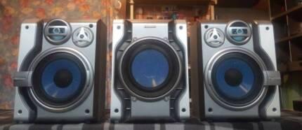 PANASONIC 3 WAY SPEAKERS/SUBWOOFER/450 WATTS TOTAL