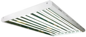 STANDARD T5 HO FLUORESCENT LIGHT FIXTURE