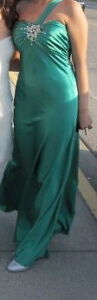 Emerald Green Silk Dress For Sale