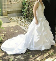 WEDDING DRESS WITH VAIL AND TIARA - $600