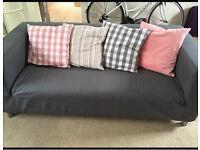 Sofa with 4 cushions
