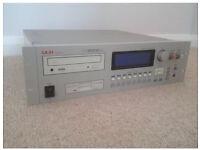Akai Cd3000xl in VGC v2 OS 32mb manual and original box