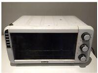 Delonghi SFornatutto Mini E0-12012, electrical Oven/Grill, 1400 W.