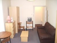 Newly refurbished!!Double (self-contained) studio flat to rent in Bayswater.