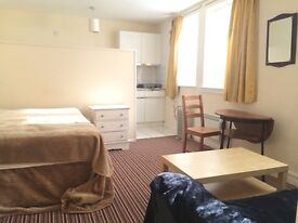 Double studio flat to rent in Bayswater, W2.