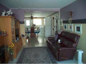 Immeuble à revenus à vendre - PRIX RÉDUIT Saguenay Saguenay-Lac-Saint-Jean image 6
