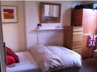 Lovely Studio flat to rent in Nottinghill gate, bills included.