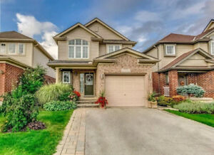 Stoney Creek Family Home (3bdr, 4bth), Available Dec 1st