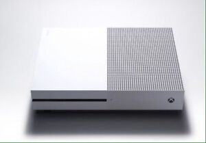 Xbox one S with 2 controllers and games