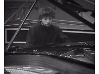 PIANO LESSONS with a PROFESSIONAL PIANIST in Central London