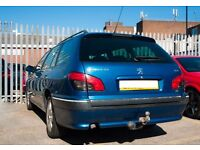 2 litre turbo diesel HDI (s) engine 90 bhp , blue metallic, estate, 140 000