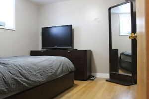 FULLY FURNISHED COZY BACHELOR SUITE - ALBERT PARK-June 15, 2017