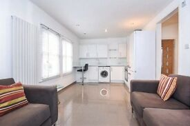 Recently refurbished 1 bed flat