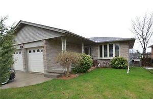 Come home to this spectacular 3 bdrm Kitchener duplex!