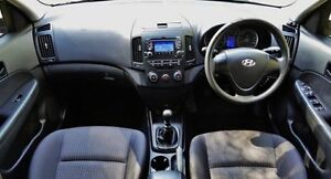 2010 Hyundai i30 Ceramic White Manual Wagon Hendon Charles Sturt Area Preview