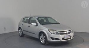 2009 Holden Astra AH MY09 CD Star Silver 5 Speed Manual Hatchback Perth Airport Belmont Area Preview