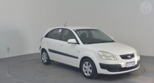 2007 Kia Rio JB MY07 EX Clear White 5 Speed Manual Hatchback Perth Airport Belmont Area Preview