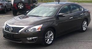 2014 Nissan Altima Automatic, Leather, Heated Seats