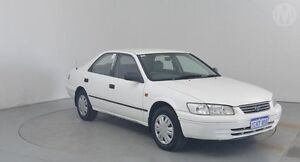 2000 Toyota Camry SXV20R CSi White 4 Speed Automatic Sedan Perth Airport Belmont Area Preview