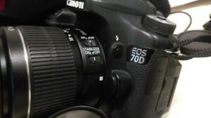 canon 70d and 18 55 IS II zoom lens and charger / battery