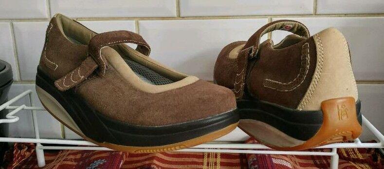 5eadf5eff312 MBT Physiological Footwear ladies KAYA casuals sz 5~NEW