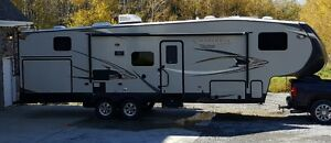 2014 Forest River Chaparral Lite Model 279BHS 5th Wheel