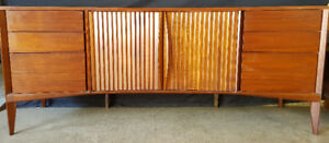 MID CENTURY & MORE ESTATE AUCTION - All Welcome - Monday Night