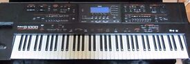 Keyboard - Roland G1000 Arranger station