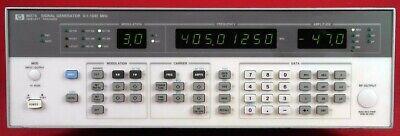 Hp - Agilent - Keysight 8657a-002 Signal Generator 100 Khz To 1040 Mhz