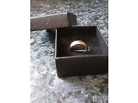 B.Bros Gents / Ladies 9ct Gold Wedding Ring .3 Grams (Hallmarked 9-.376 D)SIZE-O
