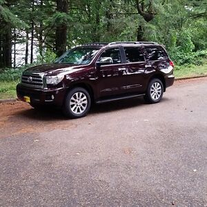 2014 Toyota Sequoia Limited with Tech Package SUV, Crossover