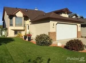 Homes for Sale in Fox Run, Sylvan Lake, Alberta $386,500