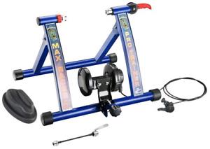 Indoor bike trainer. Velo interieur pour entrainement