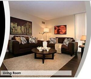 Upscale area, Stunning Views - Yorkville/Bay - 2BR