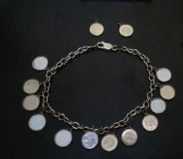 9ct Gold Charm Coin Bracelet 9ct Gold $120 Pickup Only