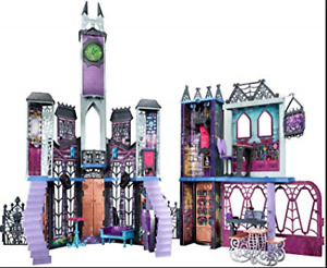 Monster High Doll house and accessories - Put together, not used