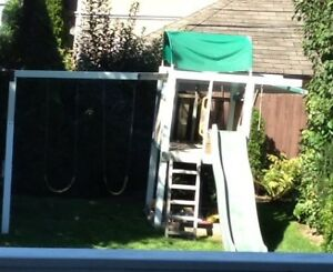 FREE Backyard Playstructure