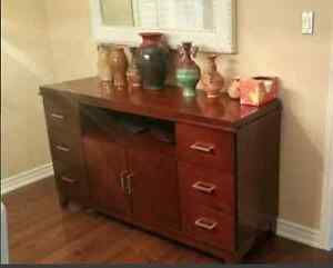 Hutch - $150 - very good condition!!! Must See