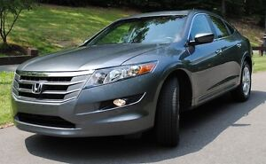 2010 Honda Accord Crosstour EX-L Hatchback with ext'd warranty