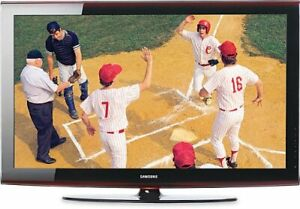 Samsung 52 inch LCD TV    Model LN52A650A1F (no stand)